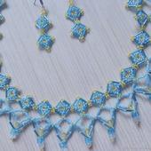 Комплект колье, кулон, серьги из бисера Голубые небеса