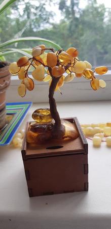 Дерево из янтаря ручной работы на заказ