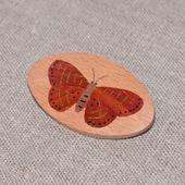 Брошь из дерева с инкрустацией Бабочка №2