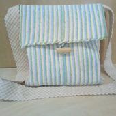 Тканая сумка через плечо с зелеными, синими и кремовыми полосками