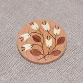 Брошь из дерева с инкрустацией Цветы №5